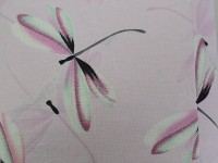 Стрекозы на розовом