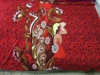 Шифон  - цветы на красном