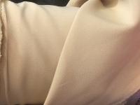 Пикачу - бежево-желтый